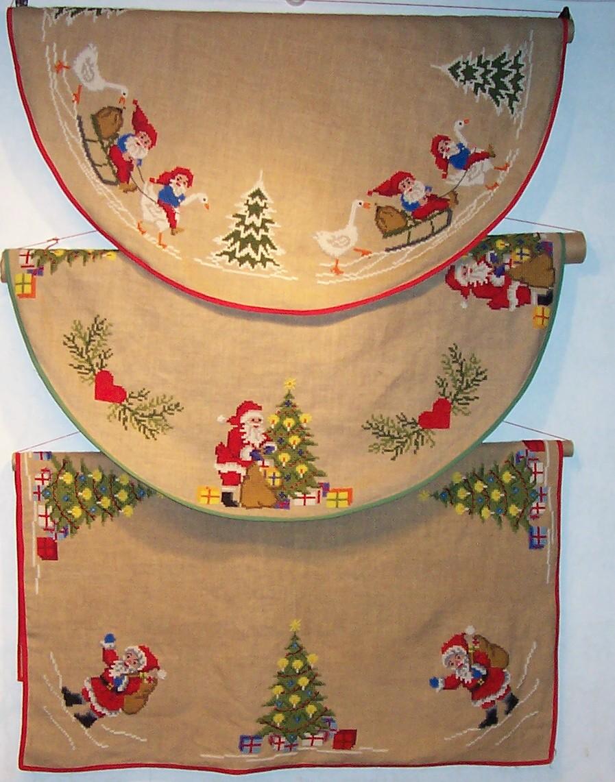 Korsstingsbroderede juletræstæpper